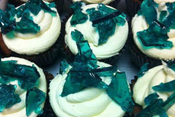 Breaking Bad-inspired cupcakes topped with candy made to look like the blue meth made by the show's Walter White