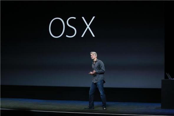 Craig Federighi, chief of iOS and OS X, at Apple's Oct. 22, 2013 event. (Credit: James Martin/CNET)