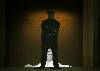 guard lincoln memorial