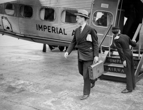 circa 1938:  Sir Robert Hodgson arriving at Croydon from Paris on an Imperial Airways flight.  (Photo by London Express/Getty Images)