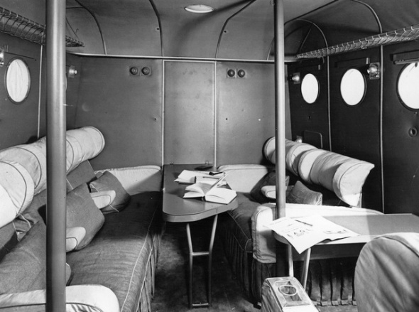 August 1936:  Day cabin of an Imperial Airways flying boat, most likely of the Short Empire class.  (Photo by Fox Photos/Getty Images)