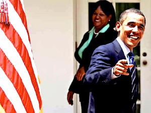 Obama-pointing-laughing