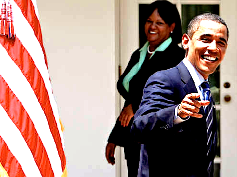 Obama-pointing-laughing