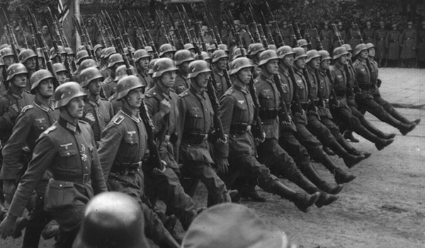 pic_giant_120213_SM_How-the-Nazis-Used-Gun-Control