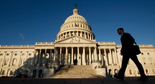 101201_capitol_building_ap_605