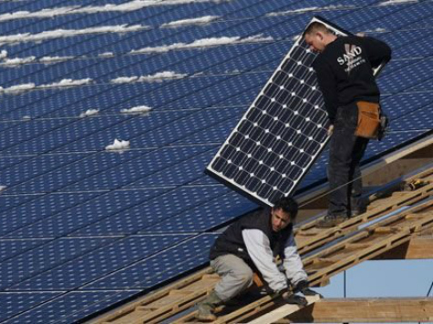 solar-panel-disinstall-reuters