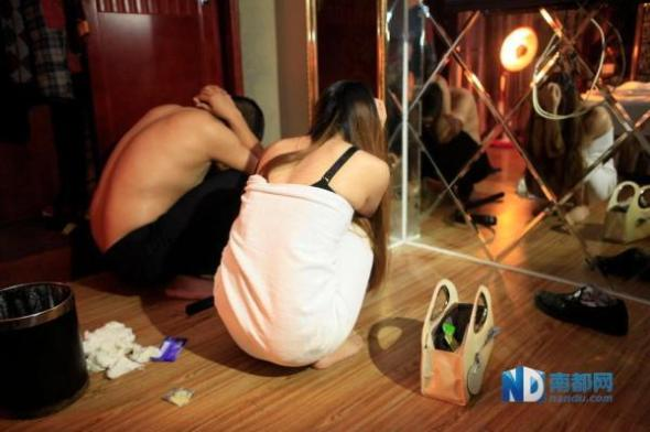 china-dongguan-prostitution-crackdown-raids-after-cctv-expose-04
