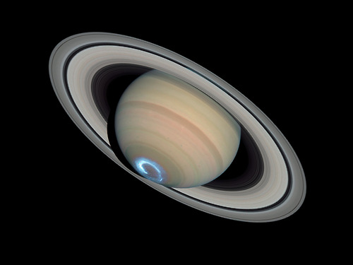 Auroras on Saturn, captured by the Hubble Telescope
