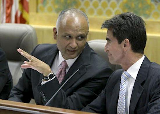 Ed Hernandez, left, 2012. (Rich Pedroncelli / AP)