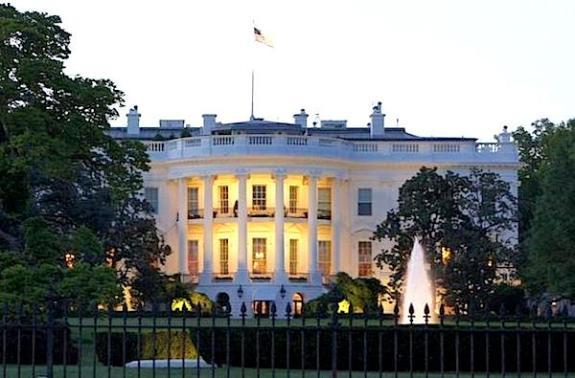 white-house-dusk