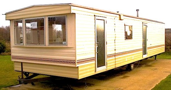 mobile_home_in-space