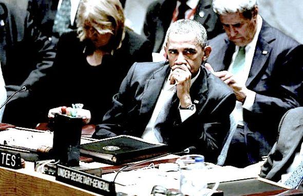 Obama-UN-desk