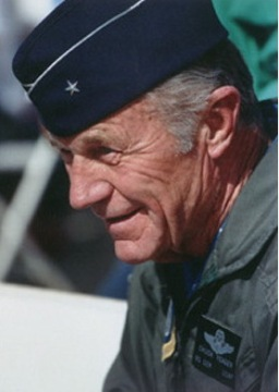 chuck-yeager-portrait