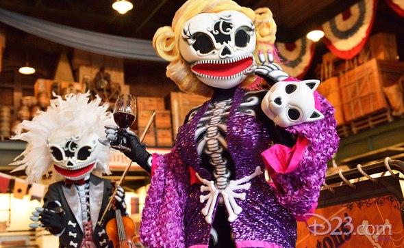 halloween-at-tokyo-disneyland-resort-feat-1.1