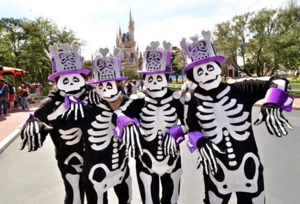 HalloweenSkeletons