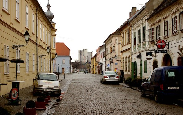Osijek,_Tvrđa,_Kuhačeva