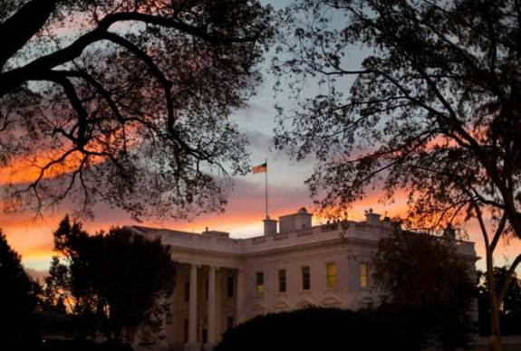 APTOPIX White House Sunrise