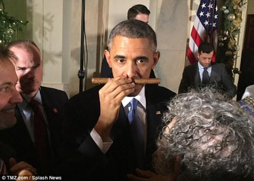 obama-sniffs-cuban