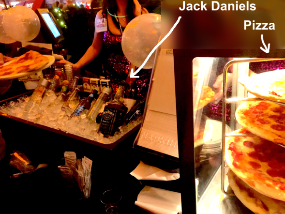 jack&pizzzaNYrs