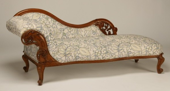 The Official Fainting Couch