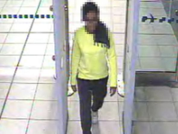 PHOTO: Scotland Yard released this image of an unidentified 15-year-old girl in Gatwick airport Feb. 17, purportedly on her way to the Middle East.