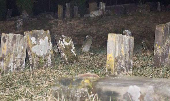 Jewish-graves-France-558402