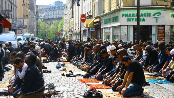 muslims_in_aris