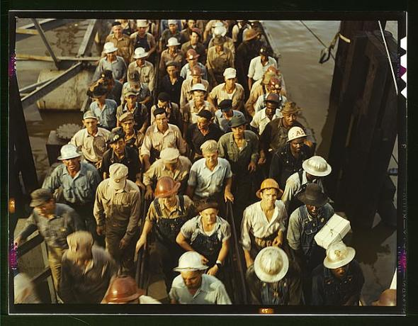 1943 June Workers leaving Pennsylvania shipyards Beaumont Texas LOC FSA OWI Photo Credit John Vachon