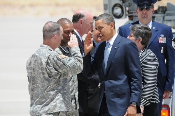 commander-in-chief-Obama-photo