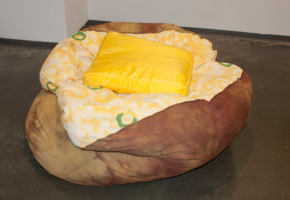 baked-potato-chair