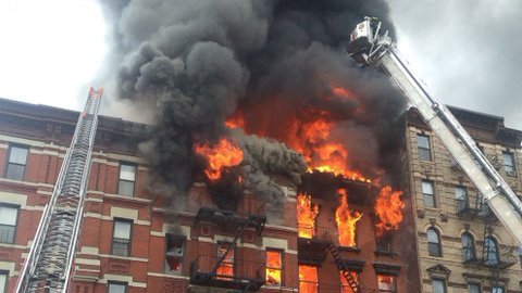 building-fire-NYC