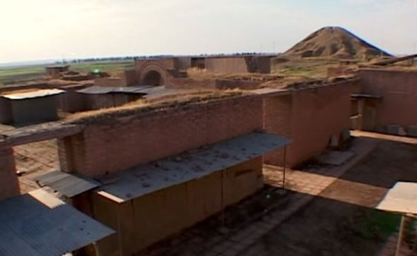 YouTube screenshot General view of the Nimrud archaeological site.