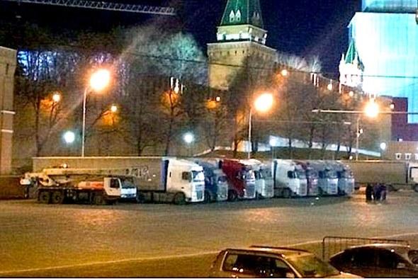 trucks-kremlin