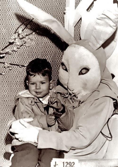 bw-bunny-kid