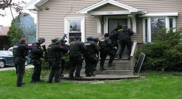 wisconsin-police-gestapo3