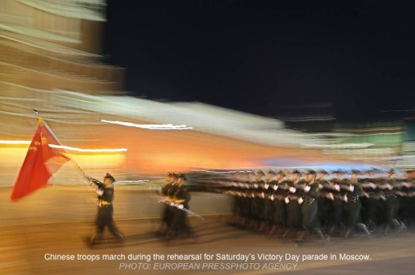 China-troops-parade-wsj