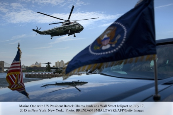 Marine One with US President Barack Obama lands at a Wall Street heliport on July 17, 2015 in New York, New York. Obama plans to spend the night in New York City after attending a Democratic National Committee fundraiser. AFP PHOTO/BRENDAN SMIALOWSKI        (Photo credit should read BRENDAN SMIALOWSKI/AFP/Getty Images)