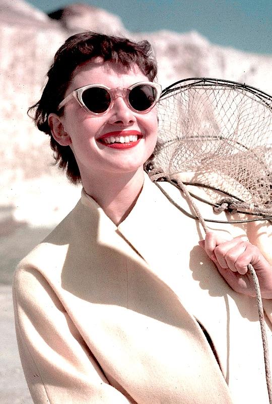 Audrey-Hepburn-1951