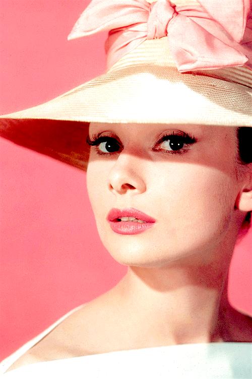 hepburn-hat-pink
