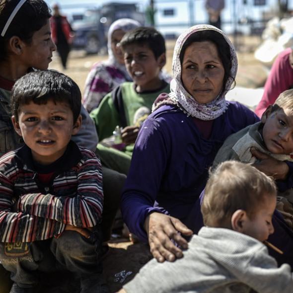 pic_fb_111615_refugeesb_0