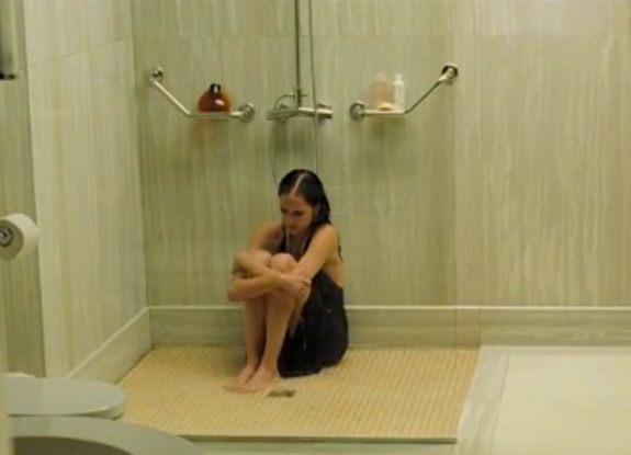 vesper-eva-green-shower