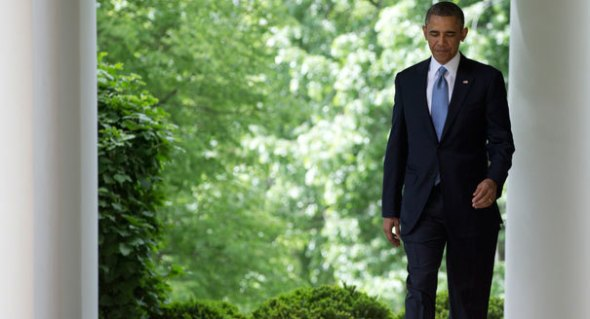 obama_walking_ap