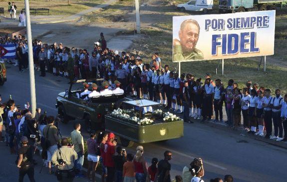 fidel-procession-funeral
