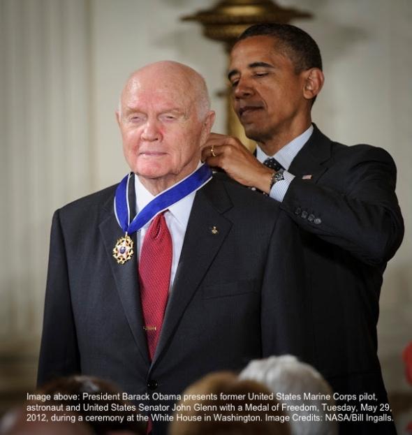 obama-glenn-award