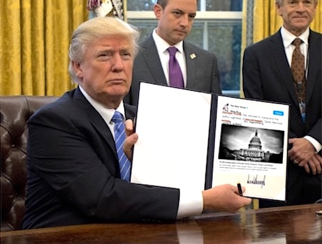 trump-showing-sign2
